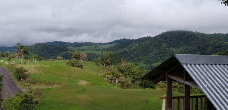 Ganga!!! Casa con Espectacular Vista en las Tierras Altas de Chiriquí